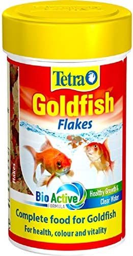 Tetra Goldfish Flakes Complete Fish Food For All Goldfish 20 G Amazon Co Uk Pet Supplies