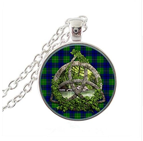Triquetra Silver Celtic Choker,Necklace ,Irish knot Trinity knot Ireland Scottish Scotland Charmed Outlander (1)
