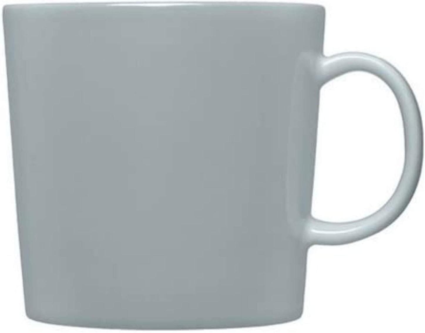 ティファニーの象徴であるブルーとホワイトカラーにリボンがデザインされた人気のマグカップ。こんなにかわいいマグカップで迎える朝はとても幸せな時間に。2組セットで、結婚祝いや誕生日のギフトに喜ばれます。