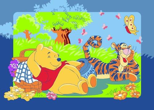 Associated Weavers W43 Disney Winnie The Pooh Winnie's Picnic Teppich 95 x 133 cm
