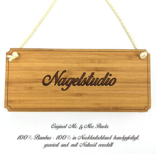 Mr. & Mrs. Panda Türschild Nagelstudio Classic Schild - 100% handmade aus Bambus - Landhaus, Shabby, graviert Türschild, Schild, Türschild, Dekoschild, Deko, Einrichtung, Nostalgie, Geschenk Landhaus, Shabby, graviert