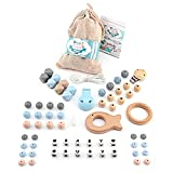 RUBY - Set 4 piezas Chupeteros con nombre personalizable, collar lactancia, sonajero para bebé de silicona y madera, kit cesta de regalo para recien nacido (Azul Pastel)