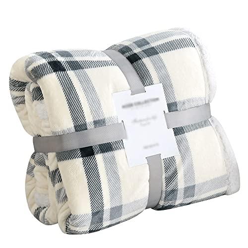 GOSHITONG Manta de franela de lana de cordero clásica gris a cuadros a la moda de invierno engrosamiento cálido mullido viaje mullido, chal, oficina, sofá, cama cómoda, suave, ligera y decoración