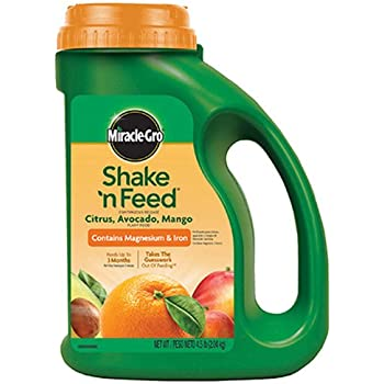 Miracle-Gro 1048291 Citrus, Avocado, Mango, 4.5 lbs Shake 'n Feed Continuous Release Plant Food