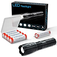 Superhell mit 5 Modi: Diese LED-Taschenlampen verwenden den neuesten LED-Chip, der über eine Strahlentfernung von 1000 Fuß einen brillanten großflächigen Scheinwerfer oder einen perfekt fokussierten Scheinwerfer erzeugt. Es gibt 5 nützliche Modi: Hoc...