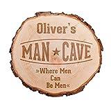 Casa Vivente Baumscheibe mit hochwertiger Gravur Man Cave   Personalisiert mit Namen   Gartenschild aus Holz   Gartenschilder mit Sprüchen   Haustürschild Mann   Haustürschilder mit Namen