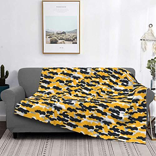Manta de forro polar ultra suave para decoración del hogar, manta cálida de franela antipilling para sofá, cama, campamento de 156 x 150 cm, camuflaje de camuflaje negro y dorado