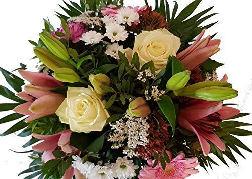 Blumenlieferung von Flora Trans -Blütenzauber- bezaubernter Blumenstrauß