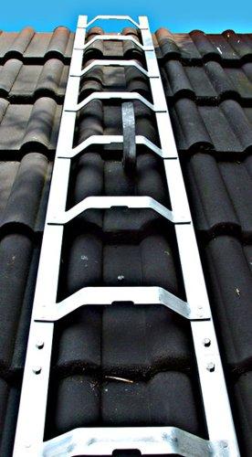 Dachleiter Aluminium 2,98 m Dachdeckerauflegeleiter 11 Sprossen, gewölbte Bremer Sprosse, nach BGR 203
