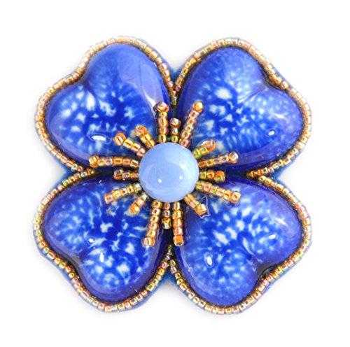 Broche Flor Gran trébol azul royal (porcelana y cuentas de cristal–Bijou Fantasía