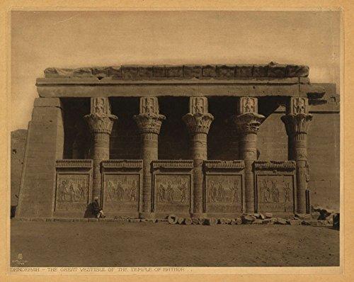 1904 Foto Denderah. El gran vestibul [sic] del Templo de Hathor / Lehnert & Landrock, El Cairo. Vista exterior del Templo de Hathor. Ubicación: Dandara, Egipto