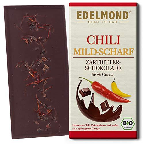 Edelmond Bio Chili Schokolade mild. Frische Habanero Schoten und Edel-Kakaobohnen. Vegan und Fair-Trade. Cilli + Cacao