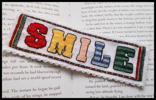 Smile–Kit punto croce segnalibro a punto croce–Smile from Emma Louise Art Stitch