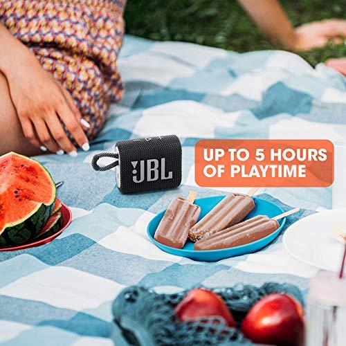 JBL GO 3 Speaker Bluetooth Portatile, Cassa Altoparlante Wireless con Design Compatto, Resistente ad Acqua e Polvere IPX67, fino a 5 h di Autonomia, USB, Nero