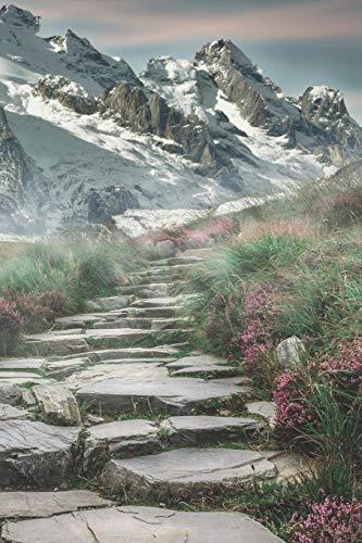 Mein Gipfellogbuch: Das Bergtouren Tagebuch zum selber ausfüllen ♦ Wandertagebuch für die schönsten Wanderungen, Aussichten und Erinnerungen ♦ 6x9 ... ♦ 6x9 Format ♦ Motiv: Steintreppe