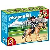 PLAYMOBIL - Caballo de Deporte alemán con establo, Color Verde y Beis (5111)