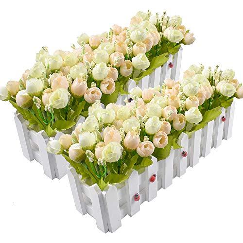 Plantas de flores artificiales - Rosas y capullos de rosa en maceta cerca de piquete para decoración de interiores de boda de oficina