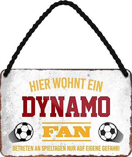 Blechschilder HIER WOHNT EIN Dynamo Fan Hängeschild für Fußball Begeisterte Deko Artikel Schild Geschenkidee 18x12 cm