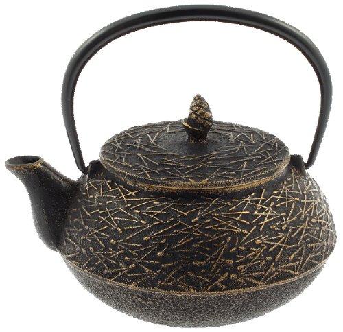 Iwachu Tetsubin-Teekanne aus Eisen, Gold und Schwarz