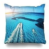 Funda de almohada Resort Blue Aerial Speed Motorboats en la orilla del mar Mallorca España Naturaleza sobre Balearic Bay Beach Barco 18ĄÁ18 pulgadas con cremallera Cojín decorativo Funda de almohada