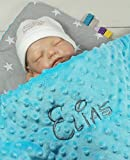 Babydecke mit Namen und Datum bestickt Geschenk Geburt Taufe (75 x 100 cm, Sterne 2 - Blau) (900112)