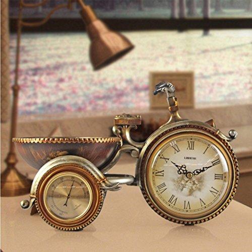 Retro wekker, Creative Carved Driewieler tafelklok, Bedside PVC Plastic Silent Alarm Clock, 22,5 * 35CM 422