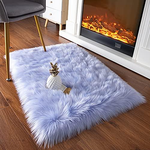 YJ.GWL Super Soft Faux Sheepskin Fur Area Rugs for Bedroom Floor Shaggy Plush Carpet Faux Fur Rug Bedside Rugs, 2 x 3 Feet Rectangle Light Purple