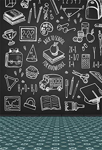 Vinilo Fondo de fotografía Regreso a la Escuela para el Conocimiento Herramientas Escolares Bocetos Iconos en la Pizarra Fondo de Pizarra Estudiantes Escena del Aula Estudio Disparo-5x7 pies