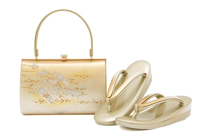 国内のシャンパン出発(ソウビエン) 草履バッグセット 世美庵 金色 ゴールド 桜 枝 花 フラワー 二枚芯 本皮 フォーマル向け 訪問着 色無地 日本製 フリーサイズ