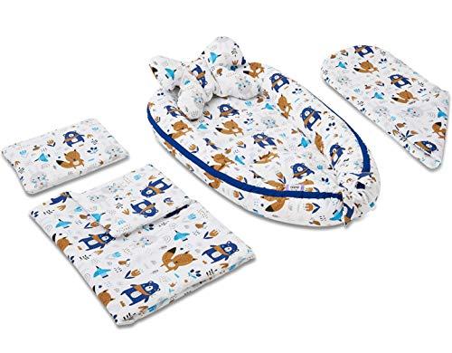JUKKI 5-tlg Baby Erstausstattung set: Babynest 50x90cm, Stillkissen, Kuscheldecke, Babydecke, Kissen, Nestchen für Babys, 100% Baumwolle, Reisebett, Matratze/Motiv: Happy Friends Blau