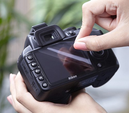 Expert Shield *Lifetime Guarantee* - THE Screen Protector for: (Nikon D5100 / D5200 LCD Crystal Clear)