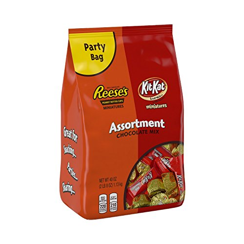 KIT KAT and REESE'S Miniatures Assortment, Individually Wrapped Chocolate Covered Peanut Butter Cups and Chocolate Covered Crisp Wafer Sticks, 40 Ounce Bag (Pack of 2)