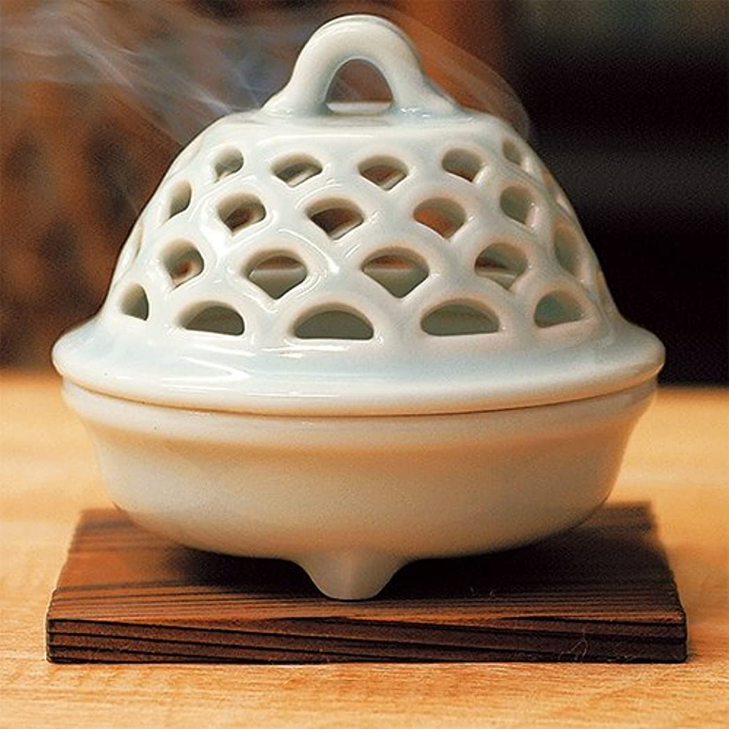 バーマドビスケット蛇行香炉 青磁 透し彫り 香炉 [R9.5xH9cm] プレゼント ギフト 和食器 かわいい インテリア