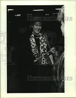 Vintage Photos 1989 Press Photo Barbara Patton at George Bush Inauguration - hca66743