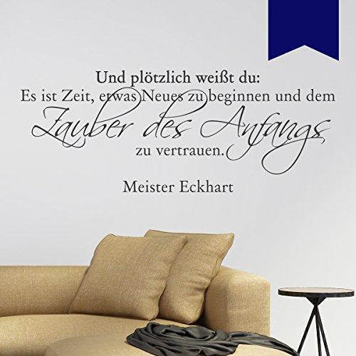 """Wandkings Wandtattoo """"Und plötzlich weißt du: Es ist Zeit, etwas Neues zu beginnen und dem Zauber des Anfangs zu vertrauen (Meister Eckhart)"""" 110 x 44 cm dunkelblau - erhältlich in 33 Farben"""