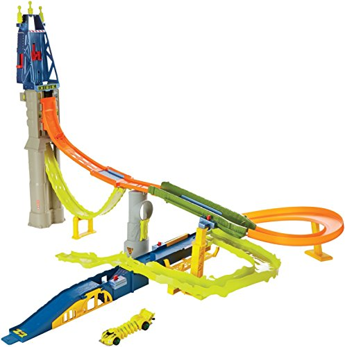 Hot Wheels - Bgj19 - Circuit - Mutant Machines City Attack