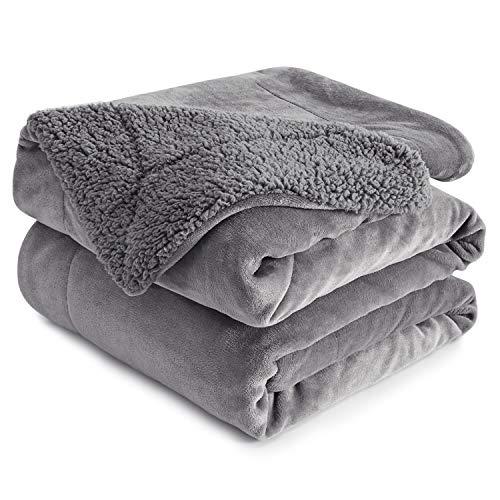 Anjee Sherpa Fleece Decke, doppelseitige superweiche Wendebett- und Couchdecke, warme und leichte Deko-Decke, grau für Einzelgröße 130 x 150 cm
