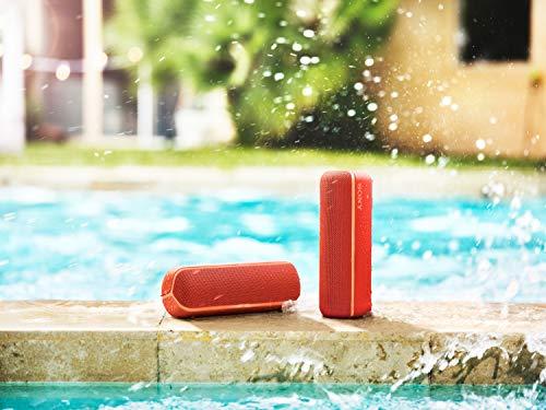 Sony SRS-XB22 kabelloser Bluetooth Lautsprecher (tragbar, farbige Lichtleiste, Extra Bass, Bluetooth, NFC, wasserabweisend, kompatibel mit Party Chain, Freisprechfunktion für Anrufe) rot