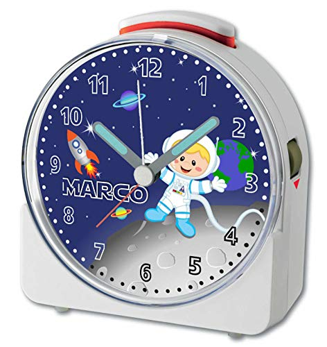 CreaDesign, WU-71-1031, Weltall, analog Kinderwecker weiß, Funkwecker mit Sweep-Uhrwerk und fluoreszierenden Zeiger und Licht, personlisiert mit Namen, 10,2 x 4,6 x 11 cm