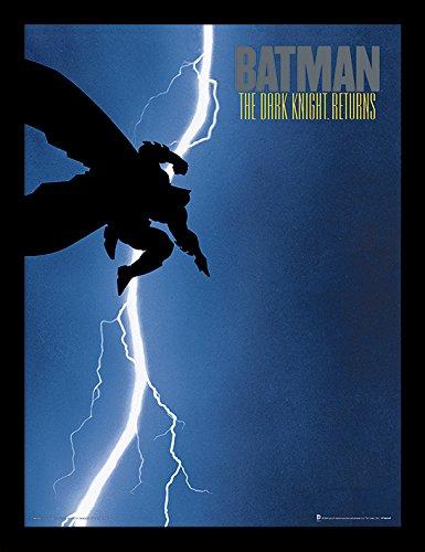 Pyramid International Batman (The Dark Knight Returns) 30x40 cm gerahmter Druck, 250GSM PAPERWRAP MDF, Mehrfarbig, 44 x 33 x 4 cm
