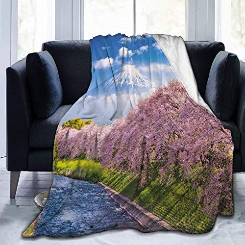 Manta mullida, vista del río y cielo claro con flores de cerezo, manta de microforro polar súper suave, manta para bebé, dormitorio, cama, TV, manta de 50 x 40 pulgadas