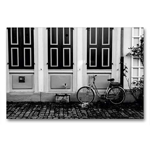 CALVENDO Premium Textil-Leinwand 90 x 60 cm Quer-Format Zürch, Fahrrad vor Hauswand, Leinwanddruck von Olaf Herm