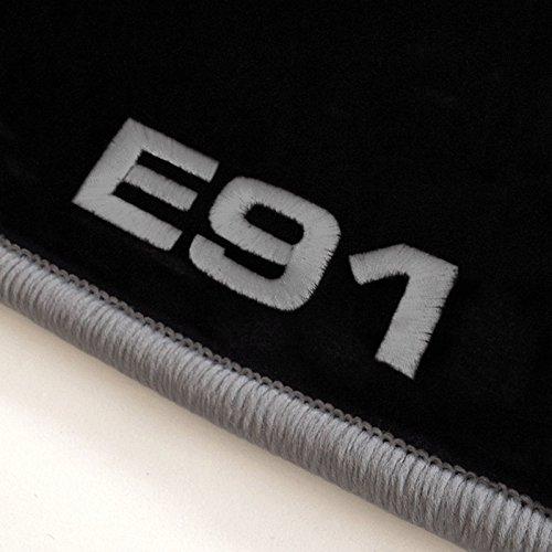 Autoteppich-Stylers ATS_Q300_E91-502 Passgenaue Velours Fußmatten mit Logo Stick (E91) und Rand in Silbergrau