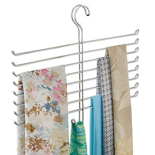 iDesign Hängeaufbewahrung für Schals, kleiner Hängeorganizer aus Metall für Schals, Krawatten und Gürtel, knitterfreie Schal Aufbewahrung mit 8 Stäben und 1 Haken, silberfarben