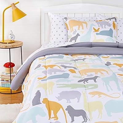 AmazonBasics Easy Care Super Soft Microfiber Kid's Bed-in-a-Bag Bedding Set