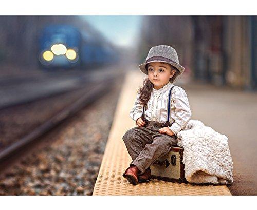 alles-meine.de GmbH Puzzle 500 Teile - süßes Mädchen / Kleiner Junge am Bahnsteig  - Foto - Kindermotiv / Kinder - Romantisches Bild - It´s a Big World Out There - Eisenbahn / ..