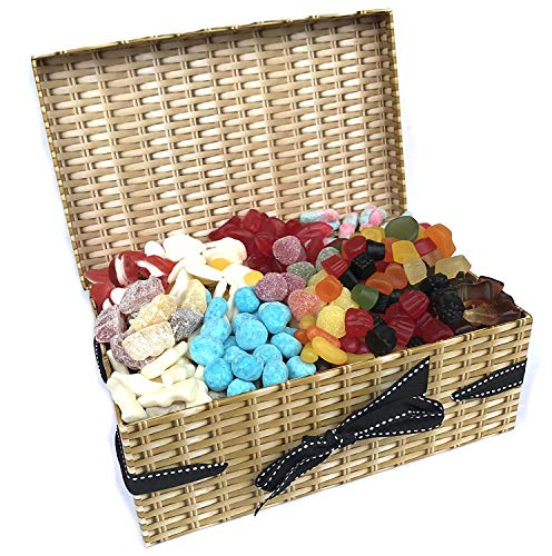 English Retro Sweet Hamper - 1.2KG Sweet Box Full of All Time British Favourites - Wine Gums, Bonbons, Cola Bottles,