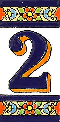 ART ESCUDELLERS Números casa. Numeros y Letras en azulejo Ceramica policromada, Pintados a Mano técnica Cuerda Seca. Nombres y direcciones. Diseño Flores Mediano 10,9 cm x 5,4 cm. (Numero Dos 2')