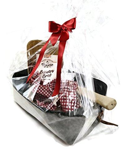 CharmingBoxes Geschenkkorb Neues Heim für Richtfest/Einweihung/Umzug/Einzug/Hausbau/Hauskauf/Neue Nachbarn - Brot & Salz Geschenk