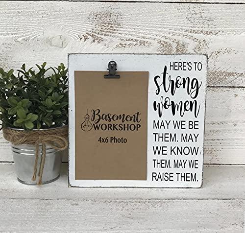 by Unbranded Para mujeres fuertes, marco de clip, marco de fotos, marco de madera rústica, regalo para mamá, regalo para hija, casa de campo moderna